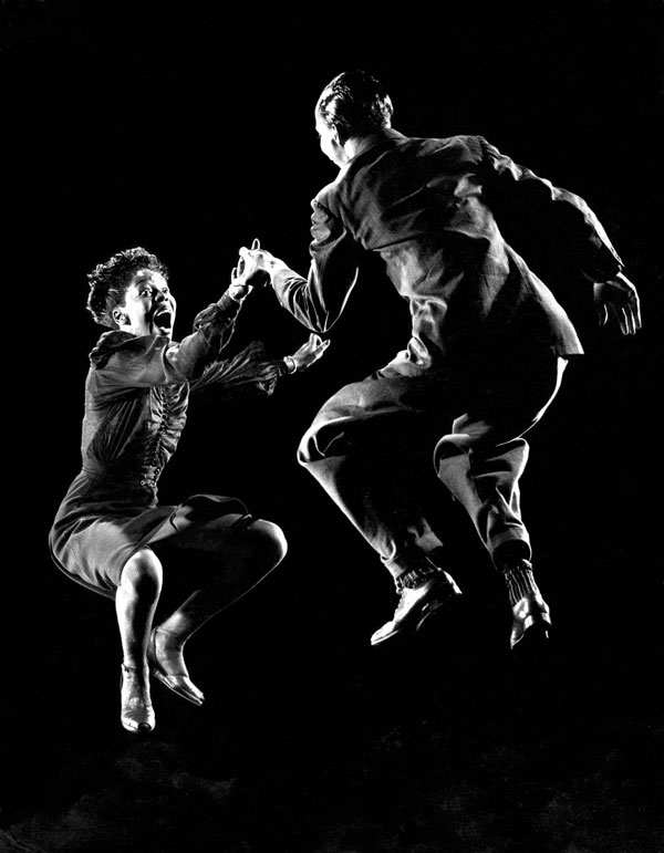 Lindy Hop dance by Willa Mae Ricker and Leon James, photo by Gjon Mili.